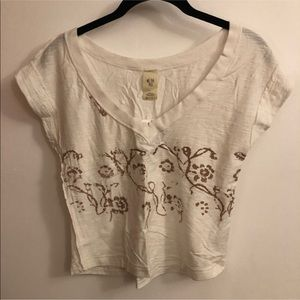 NWT Free People V Neck Cropped Printed Tee size XS